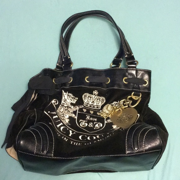 dd2a9eae8bc7 Juicy Couture Handbags - Juicy Couture Velour Heritage Crest Daydreamer Bag